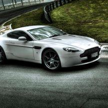 Aston Martin Vantage Drive Experience, Hampton Downs - Au...