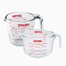 Pyrex Measuring Jug Set