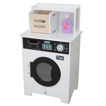 Hape Laundry Day Wash Station