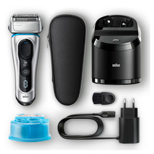 Braun Series8 8390cc Electric Foil Shaver with Clean & Ch...