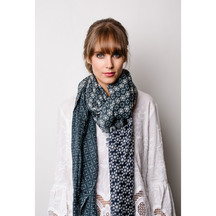 Briarwood Sally wool scarf