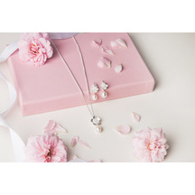 STERLING - Boxed Gift set - Manuka Flower with Pearl Drop...